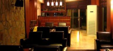 Life Hotel & Restaurant