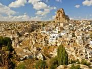Kapadokya Ortahisar Kalesi