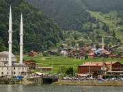 Uzungöl Camii