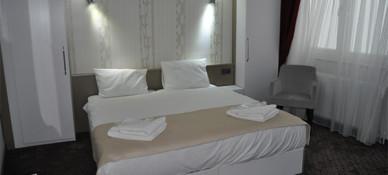 Lovcen House Hotel