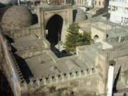 Aksaray Zinciriye Medresesi
