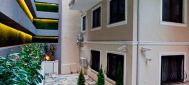 Collage Cihangir Hotel