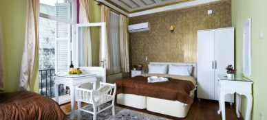 Alhambra Apart Hotel