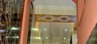 Varan Hotel