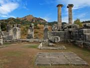 Salihli Artemis Tapınağı