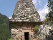 Piramit Mezarlığı
