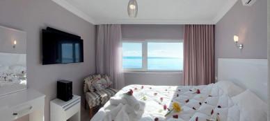 Palm Beach Hotel Küçükkuyu