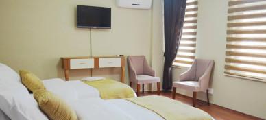 Ramparts Hotel