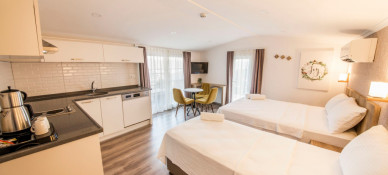 Dekatria Hotel Rooms & Aparts