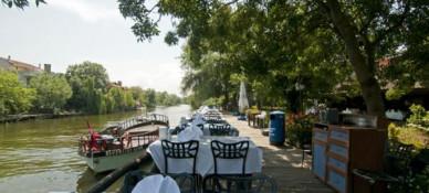 Riverside Otel